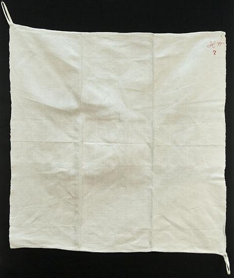 Vanlig hvitt linhåndkle med monogram HM 9