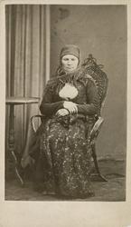 Fangeportrett. Berit Bendixdatter Solumeie, født 1836, bosat