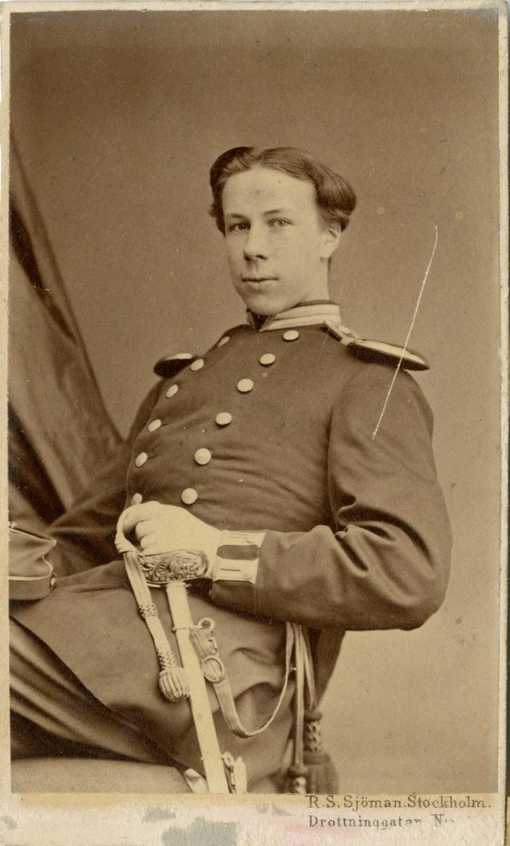Porträtt av Axel Erik Mauritz Söderhielm, kapten vid Hälsinge regemente I 14.