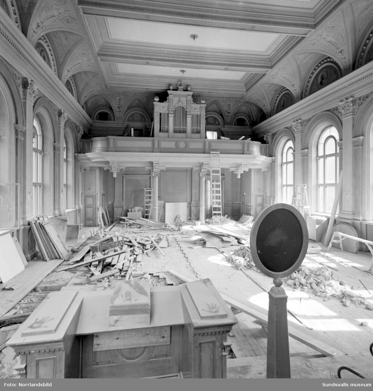 Renoveringsarbeten i läroverkets gamla lokaler.