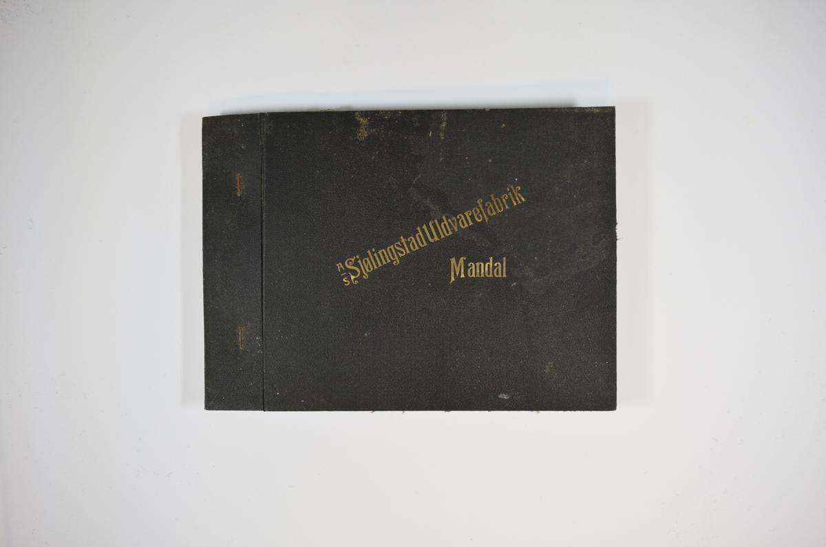 Prøvebok med 5 stoffprøver. Middels tykke stoff med ruter. Stoffene ligger brettet dobbelt i boken slik at vranga dekkes. Stoffene er merket med en rund papirlapp, festet til stoffet med metallstifter, hvor nummer er påført for hånd. Innskriften på innsiden av forsideomslaget indikerer at alle stoffene har kvaliteten 170.  Stoff nr.: 170/6, 170/7, 170/8, 170/9, 170/10.