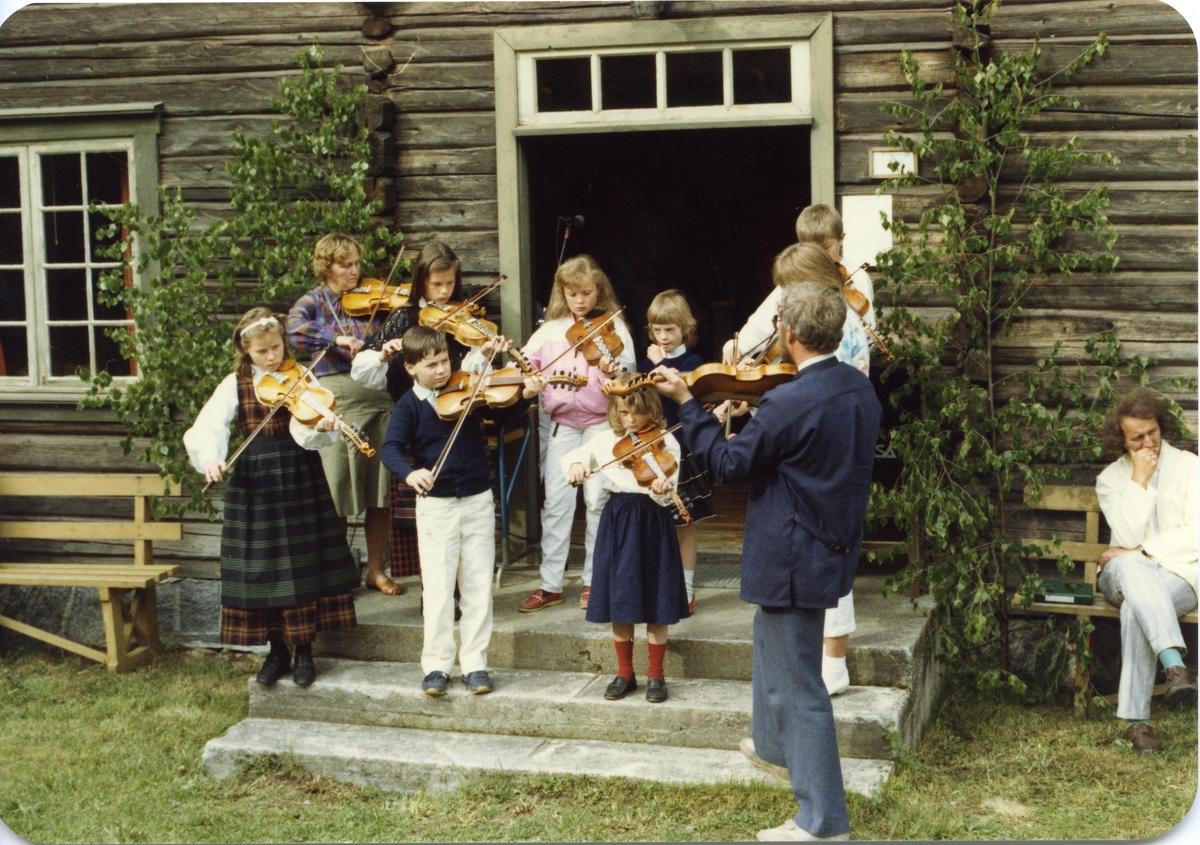 """""""Bjørkestubben """" med Trygve Bolstad som leiar. Take 1987."""
