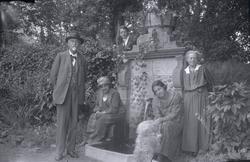 Från vänster Hugo Hammarskjöld, Karin Hammarskjöld, Otto Sku