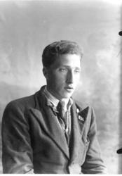 Jon Tøftemo (f. 1922)