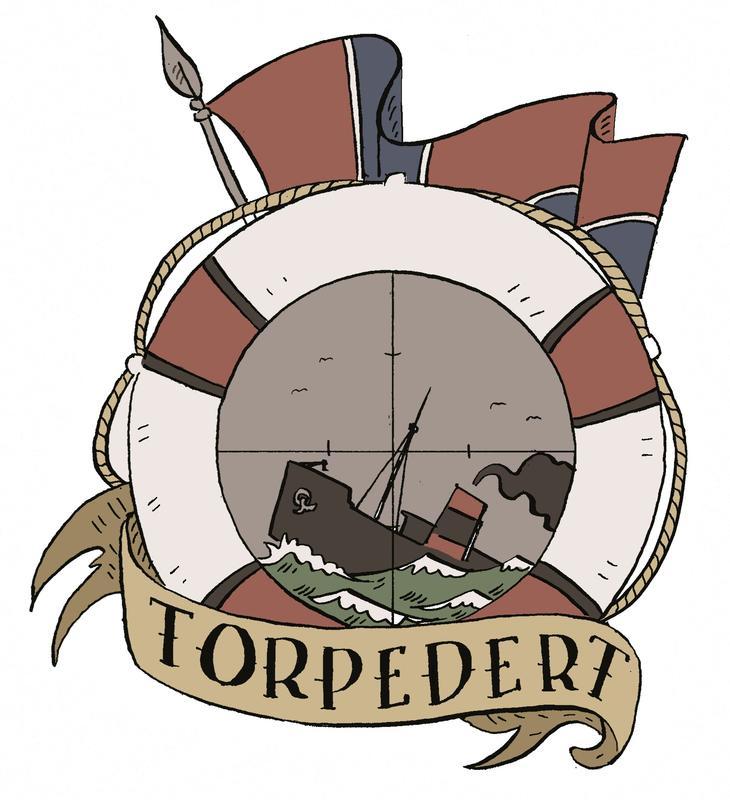 """Vignett til utstillinga """"Torpedert"""": I midten synkende dampskip i siktekorn, omgitt av livbøye. Bakom norsk flagg, foran bånd der det står """"Torpedert""""."""