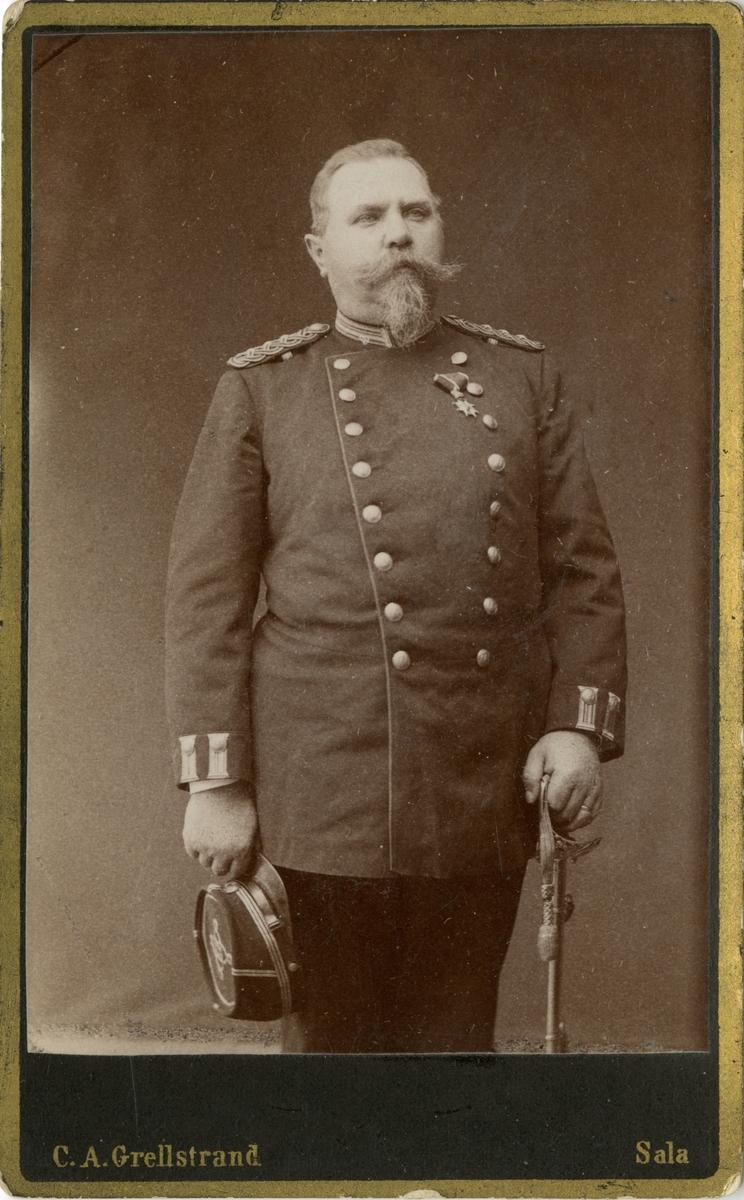 Porträtt av Carl Mindor Frunck, kapten vid Västmanlands regemente I 18. Se även bild AMA.0007291.