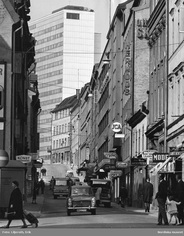 Stockholm city innan rivningen, I fonden ett av Hötorgshusen