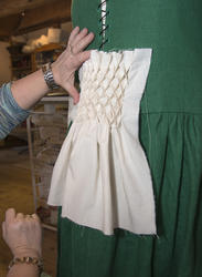 Honeycomb; en type elastisk rutemønster i stoff. (Foto/Photo)