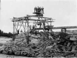 Bygging av bru over Haugsfoss - fundamenteringsarbeider
