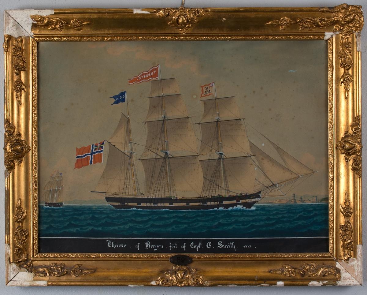 Skipsportrett av bark THERESE med full seilføring og påmalte kanonporter utenfor havneby. Fører unionsflagg i mesanmast vimpel med skipets navn i toppmast og kjenningssignal X111. Samme skip sees aktenfra i venstre side av motiv.