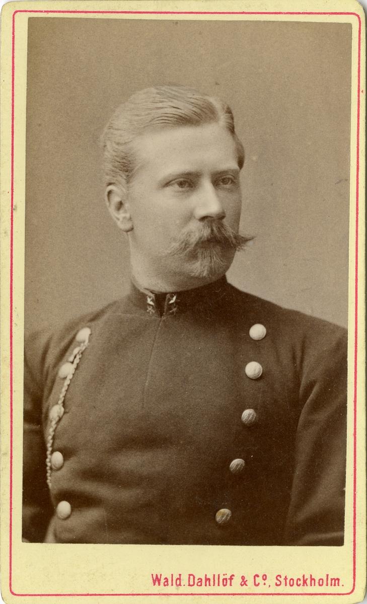 Porträtt av okänd löjtnant vid Västmanlands regemente I 18.