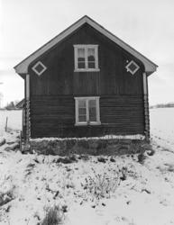 Stensrud unna Vien, husmannsplass, Helgøya. Tømret og rappet