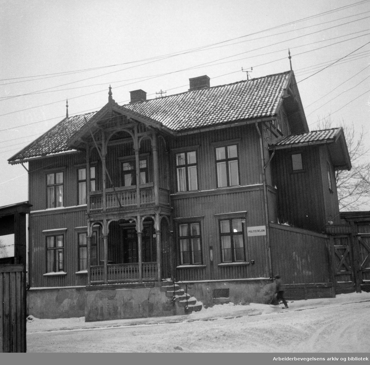 Rodeløkka: Politistasjonen legges ned. Desember 1955