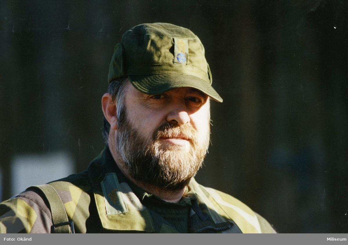 Porträtt av Kaj Nordquist i uniform m/90.