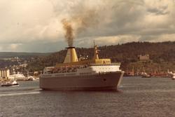 Kielfergen M/S 'Kronprins Harald (b.1976) ved Vippetangen me