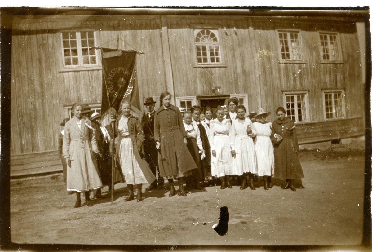 17.mai 1919 ved Vestoppland Folkehøgskule.