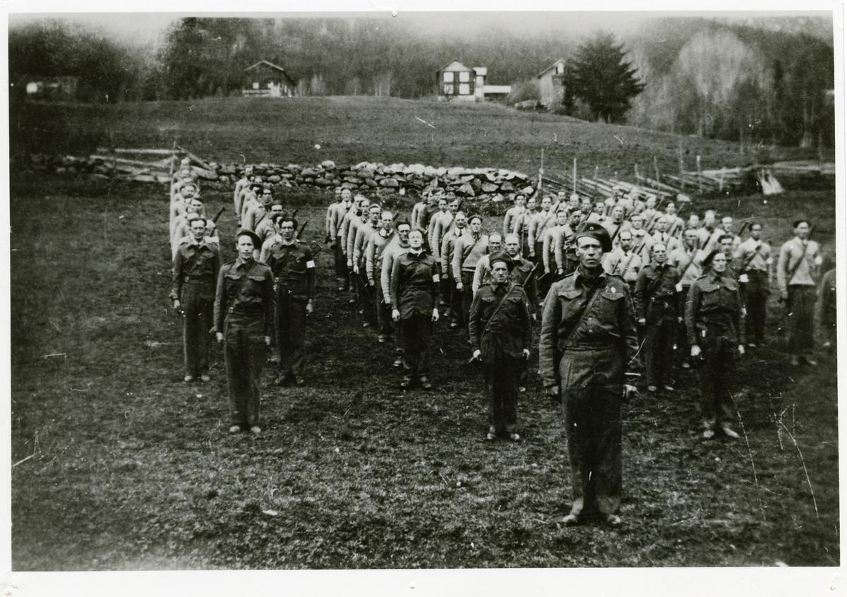 Oppstilling av Heimestyrken i Heimefronten, Thorshaug mai 1945.