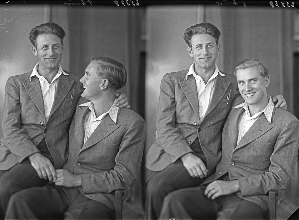 Portrett. To unge menn. Bestillt av Thorleif Thommassen. Bøe. Hauge i Dalane. Bjarne Sannes.