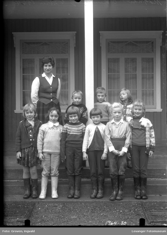 Skolebilde fra folkeskole fra Vuku.