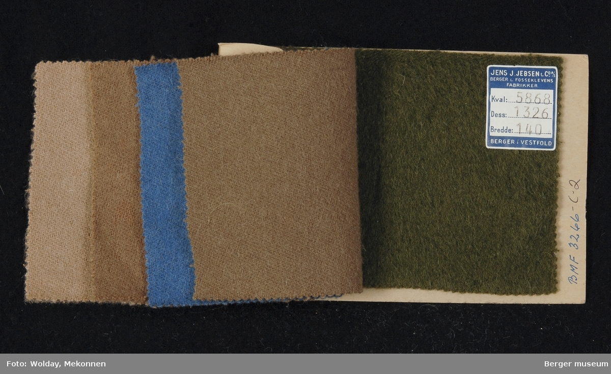 Prøvehefte med 5 prøver Kåpe, bekledning Kvalitet 5868 Stykkfarget