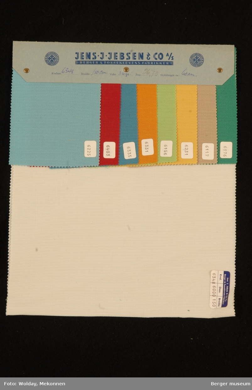 Prøvehefte med 9 prøver Kjole/skjørt Kvalitet 6348 Stykkfarget