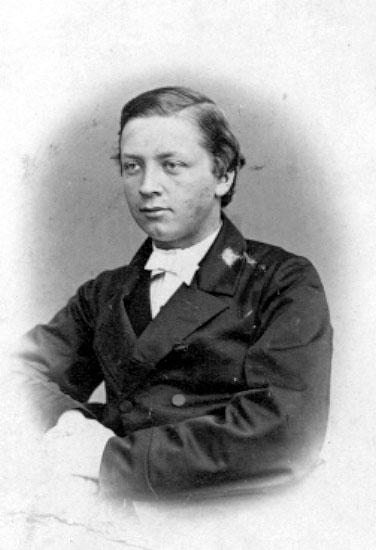 Carl Oscar Julius Robert Sundberg.