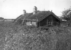 Sista ryggåsstugan i Bjärka sn.Smeden hette Johan Gustaf Ka