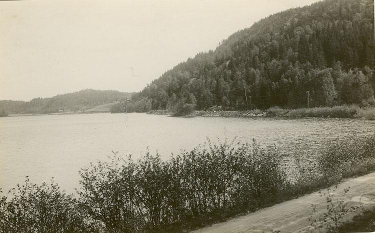 "Enligt Bengt Lundins noteringar: ""Ljungskile. Kolbengtserödsjön""."
