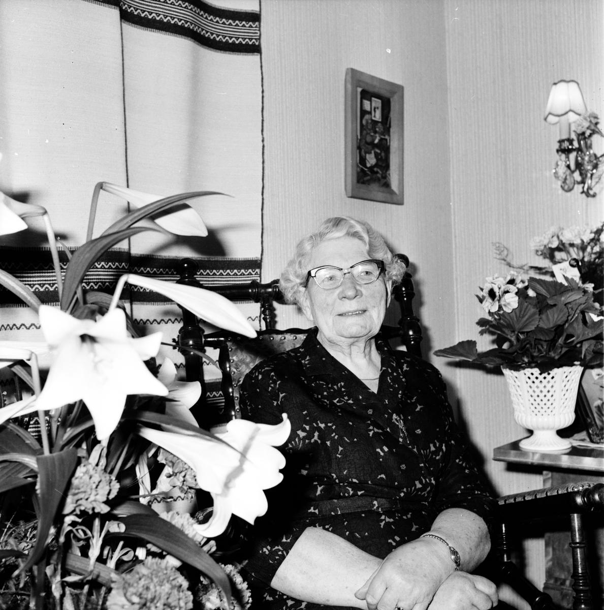 Arbrå, Elin Thalin, 1971