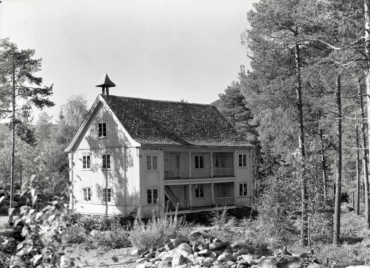 Bygning frå Flatigarde, Valdres Folkemuseum.