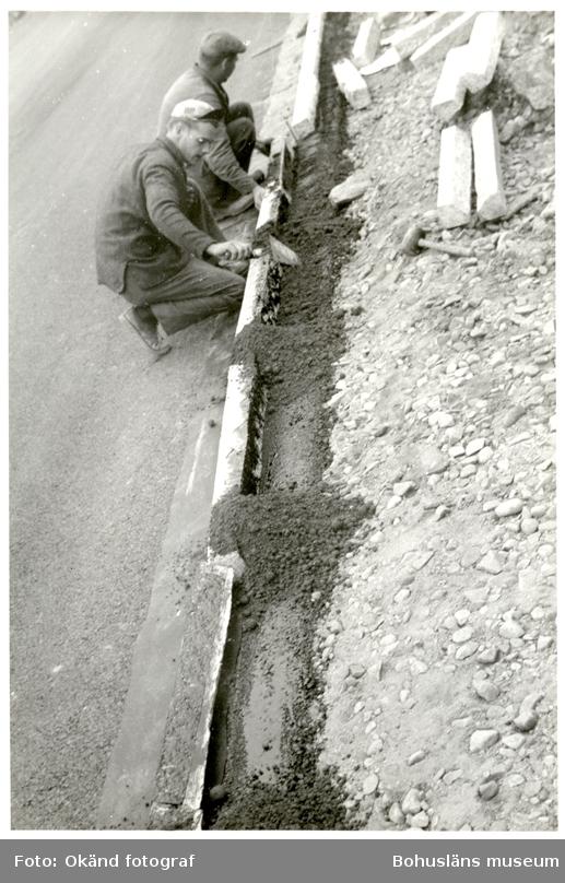 Kantstensläggning vid vägbygge