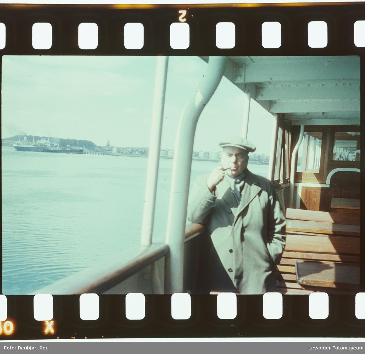 Harald Renbjør på båt.