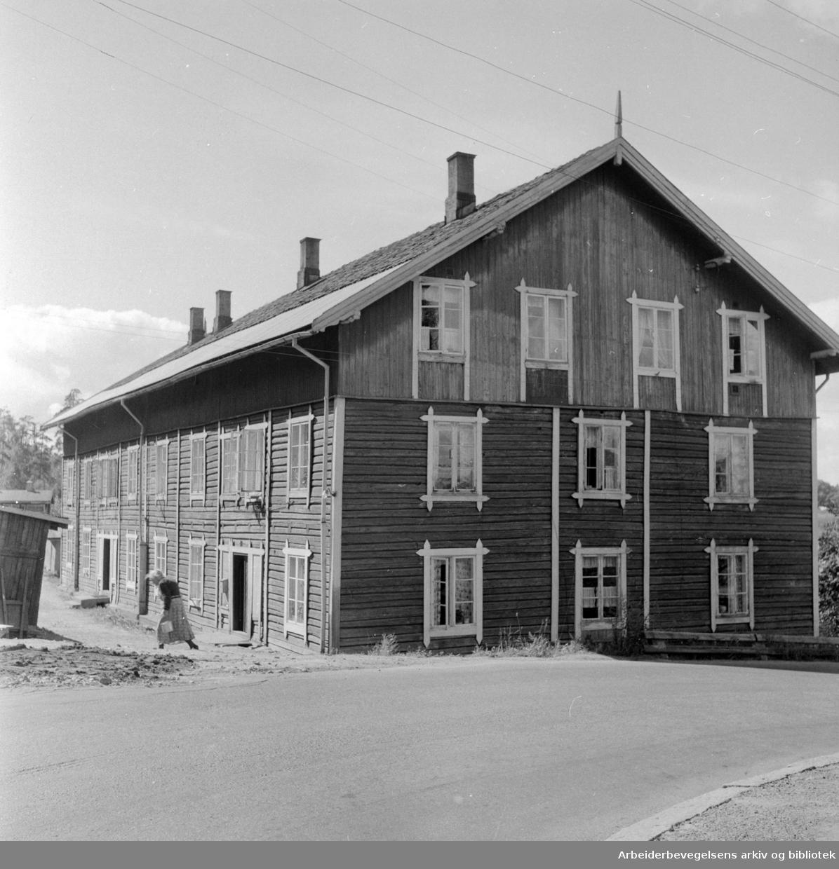 Tvetenveien. Nr.60. August 1957