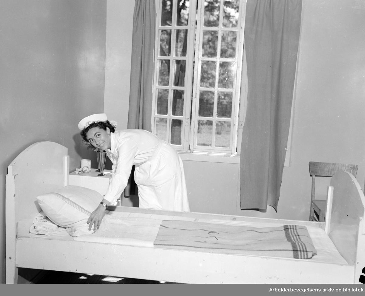 Ullevål sykehus. Avdeling 16. Juni 1953