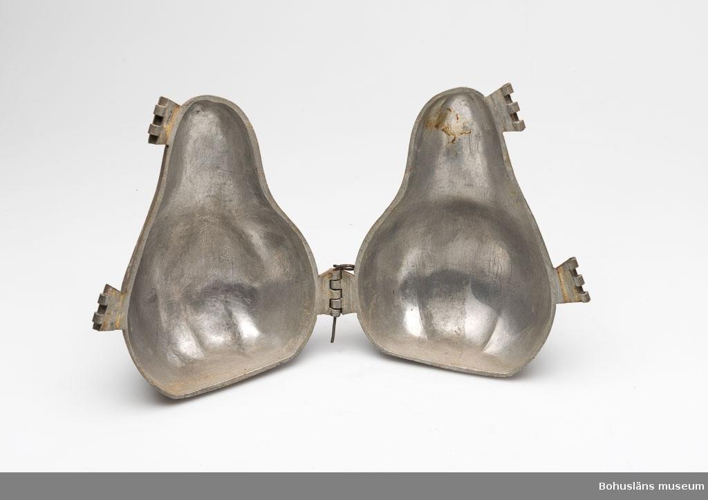 Ur punktnummerkatalogen 1958-1976: Nyholms konditori Glassform av tenn I form av päron