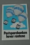 Informasjonsplakat fra Postsparebanken om renteøkning for sparekonti. Bokmål og nynorsk