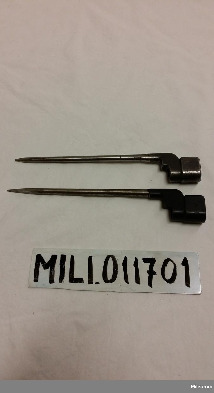 Brittisk gevärsbajonett av stål.