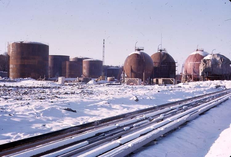 Vintern 1962-63. Krackern. Rörgata och cisterner.