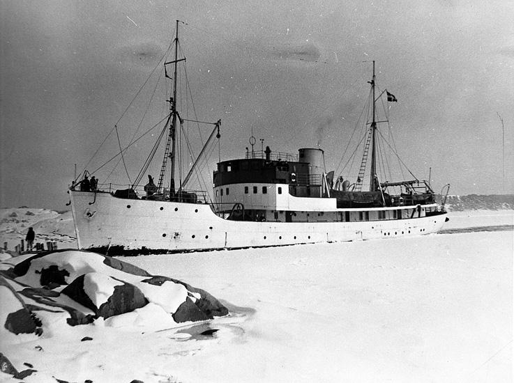 """Enligt uppgift: """"Skagerack"""", stationens andra forskningsfartyg""""."""