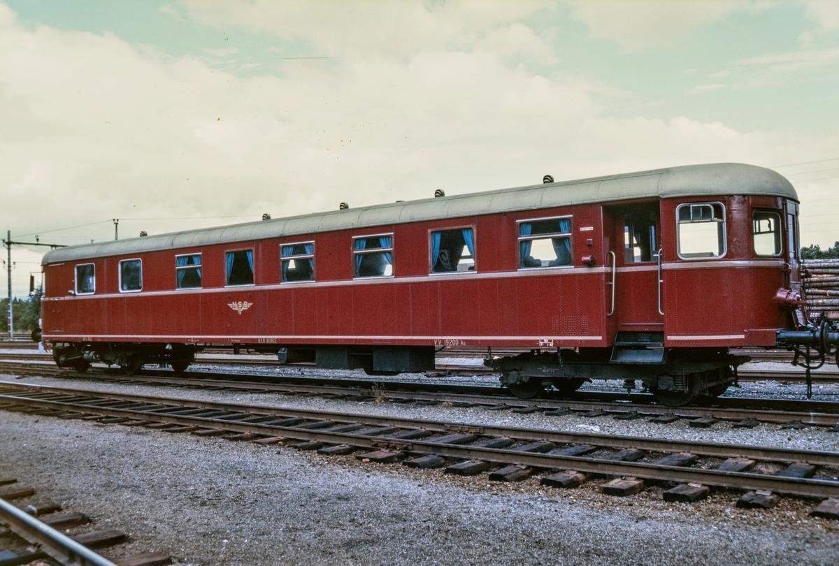 Styrevogn til dieselmotorvogn type 91, BFS 91 62, på Marienborg i Trondheim.