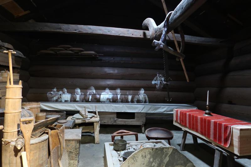 Stue fra Åmli i Setesdal, Norsk Folkemuseum. Foto: Astrid Santa, Norsk Folkemuseum.