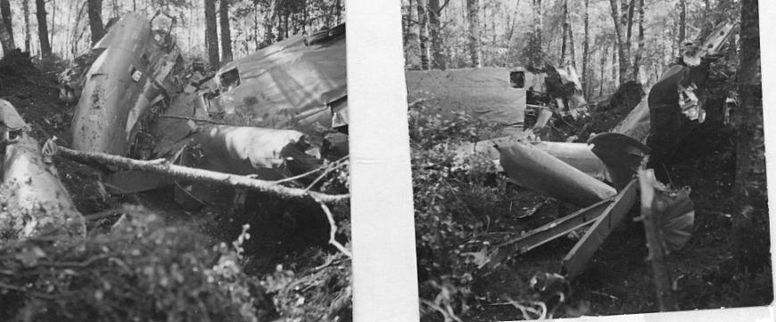 F6 Karlsborg 1953. Totalhaveri med A21 reg.nr. 21317 blå Tore under inflygning för landning med för låg fart. Flygförare korpral Wahlin omkommer. Albumet är en del av en donation från Karl-Axel Hansson, Karlsborg. Förteckning över hela donationen finns i albumet samt som Word-dokument.