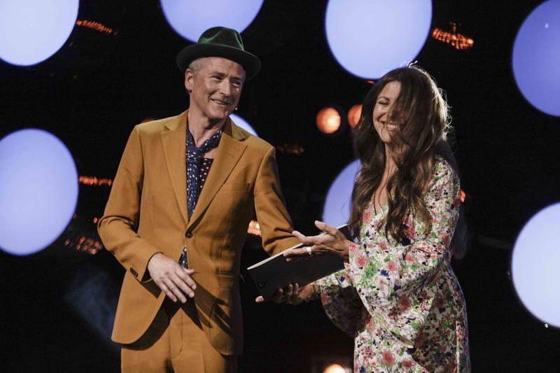 Morten Abel ble offisielt innlemmet i Rockheim Hall of Fame av Claudia Scott.