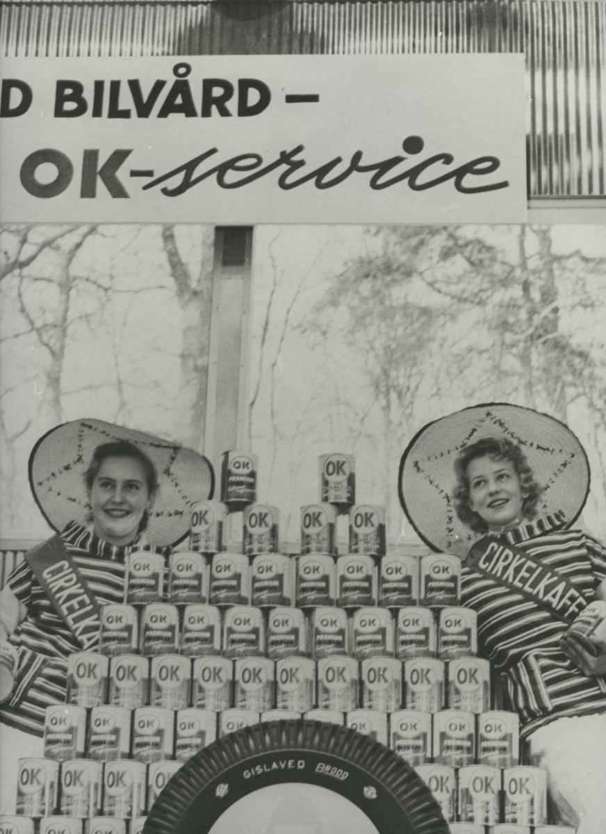 Anställda på gamla OK-macken i Gustavsbergs centrum.