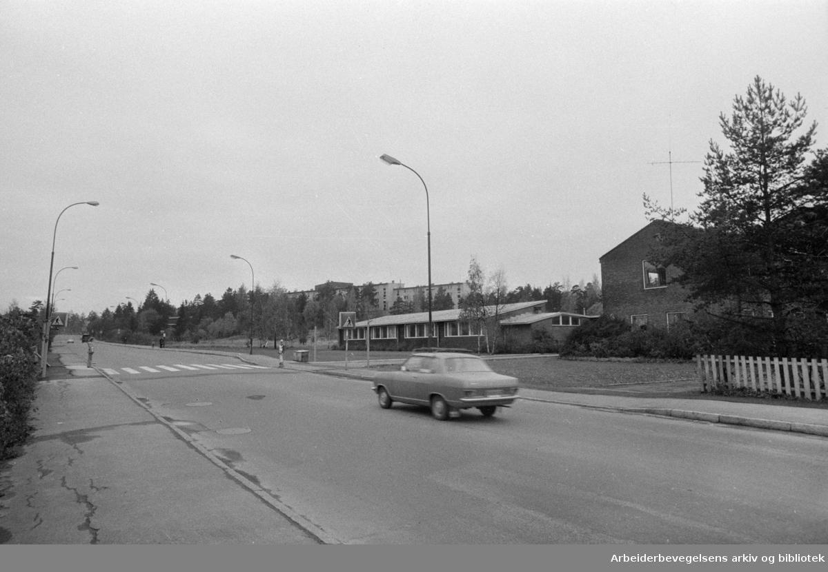 Hellerudveien. Trafikkplan for Oppsal. Oktober 1974