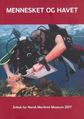 Forside til årboka fra 2017, to dykkere under vann.