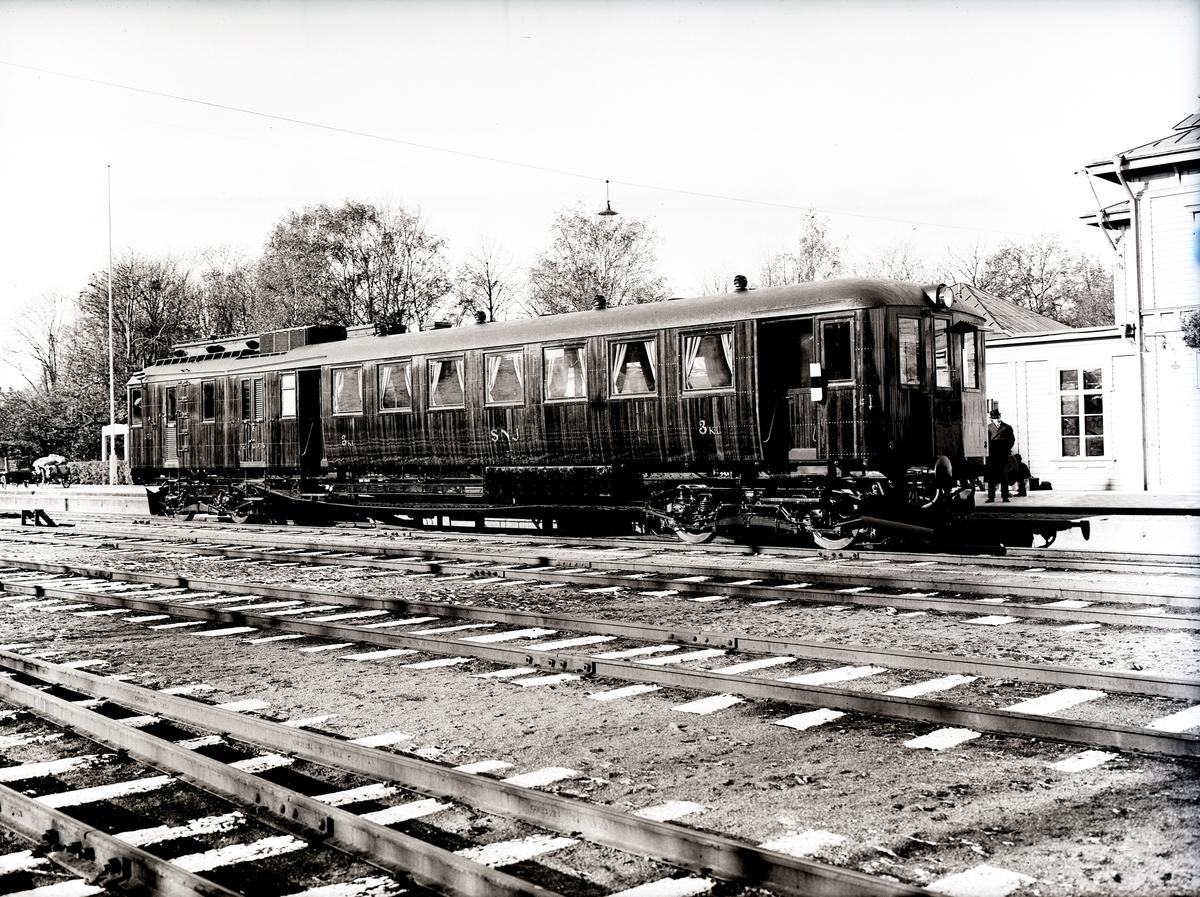 Diesel-elektrisk vagn för SNJ. Tillverknings år: 1930.