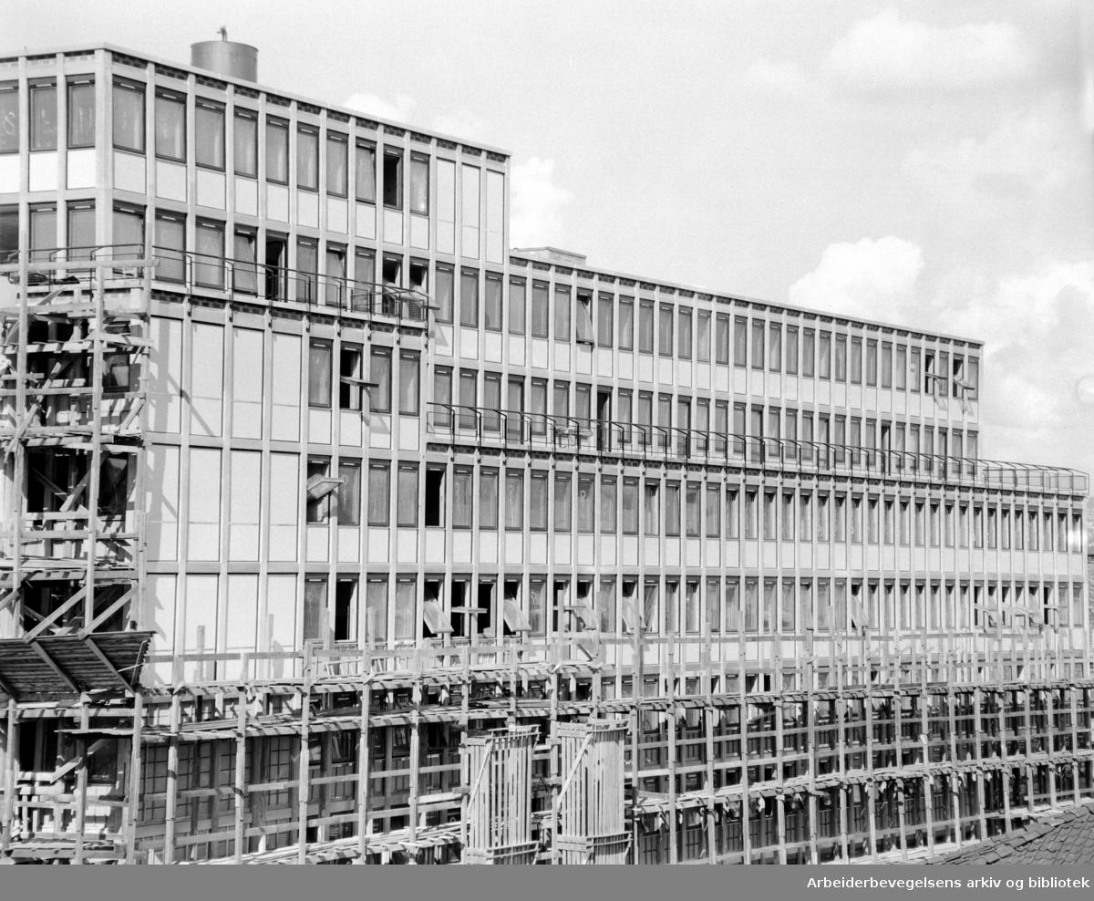 Folkets Hus under bygging. August 1957