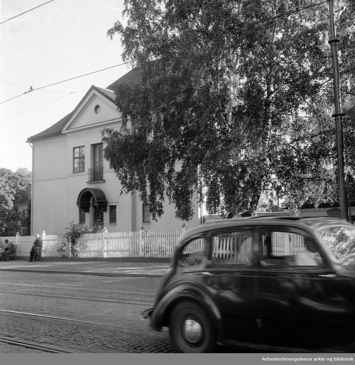 Drammensveien 96 G, kjøpt av mormonerne. August 1955