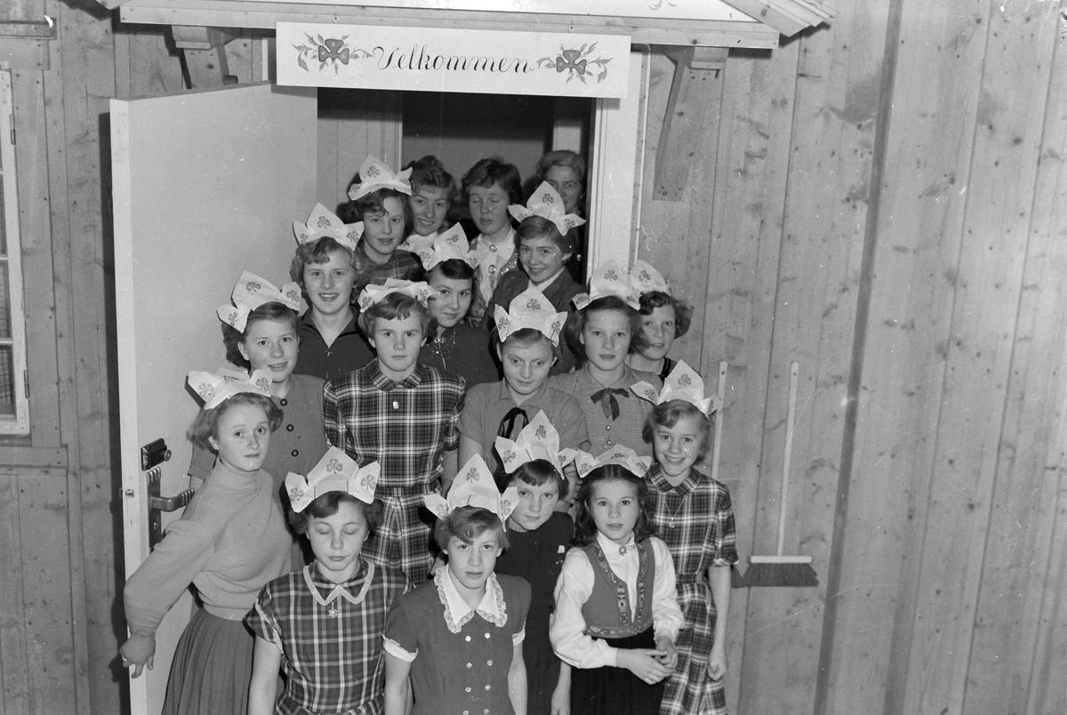Velferdshuset til Sanitetsforeningen ved Løkken Verk. Innvielsesfest